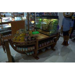 Мебель для магазинов, кафе, баров и ресторанов.
