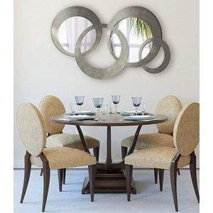 Зеркала, резные рамы, резной декор.